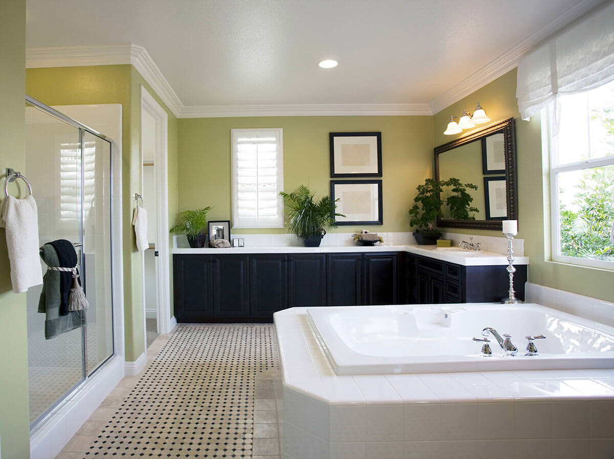 Green Large Bathroom