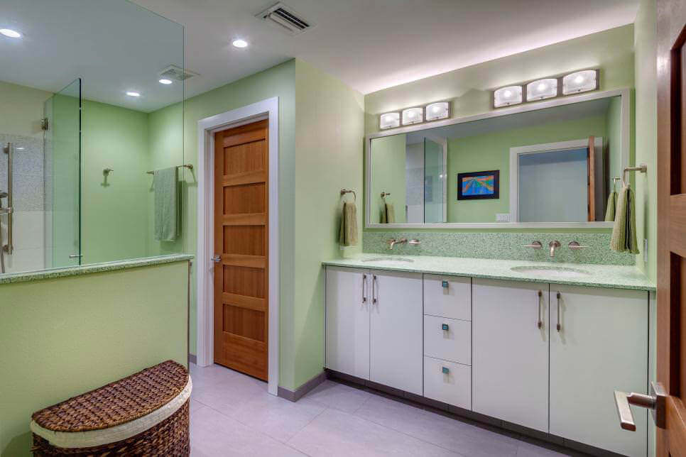 Simple Green Bathroom