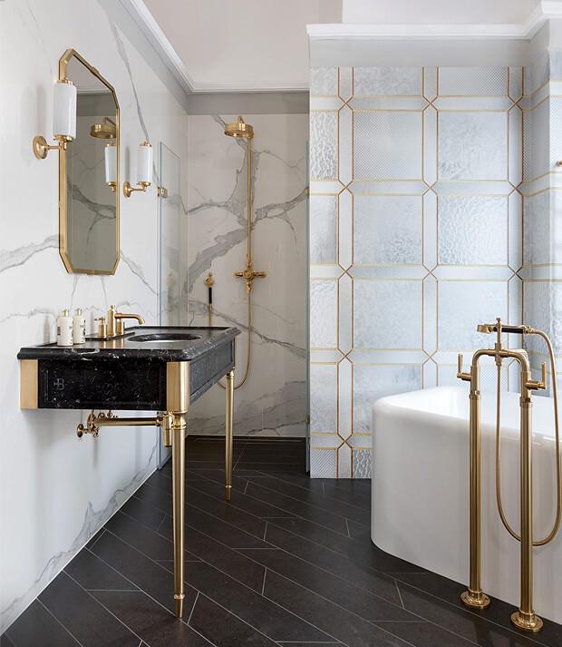 Grey & Gold Bathroom Decor