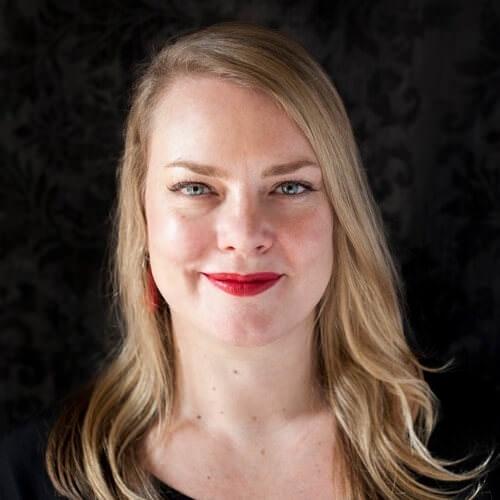 Camilla Molders