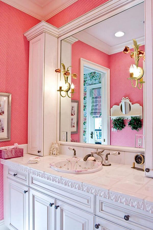 Traiditional and Modern Pink Bathroom
