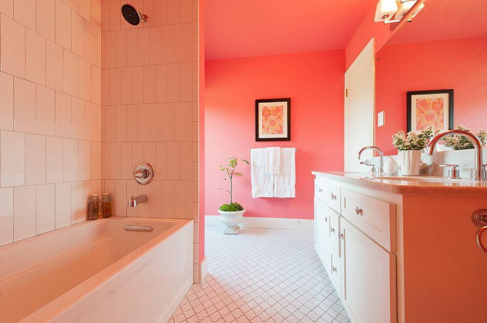 Pink & White Bathroom